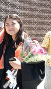 siri with flowers at convocation