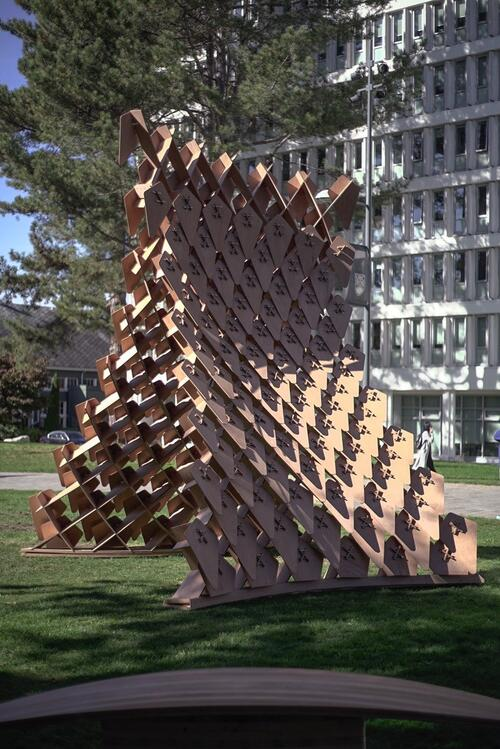 The 2019 Dragon Skin Pavilion at the UBC campus was made during the annual Robotic Fabrication workshop. Photo by David Correa.