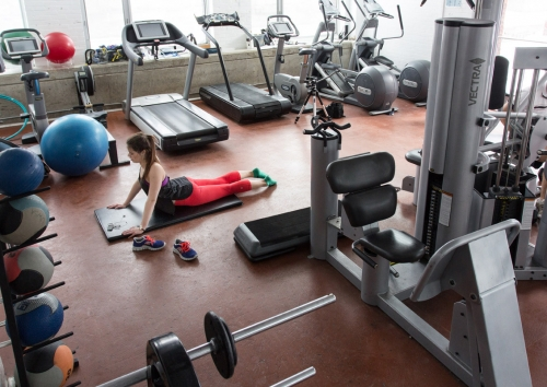 Student using the fitness centre