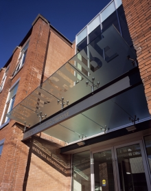 Glass entrance at the front of the Architecture campus