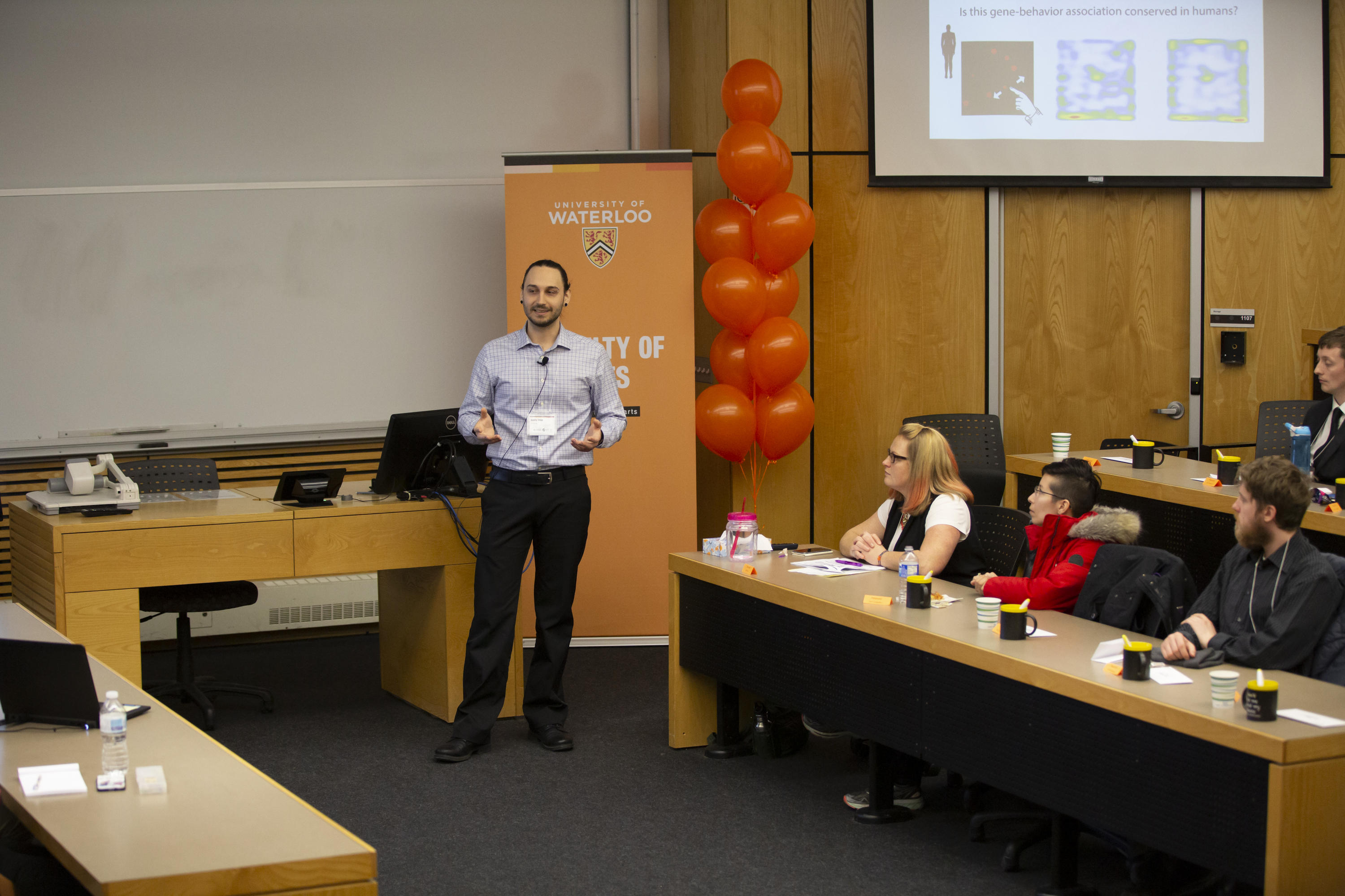 Andriy Struk, People's Choice winner presenting at the Arts 3MT heat in 2019