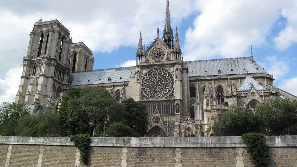 side view of Notre Dame Cathedral in Paris, France