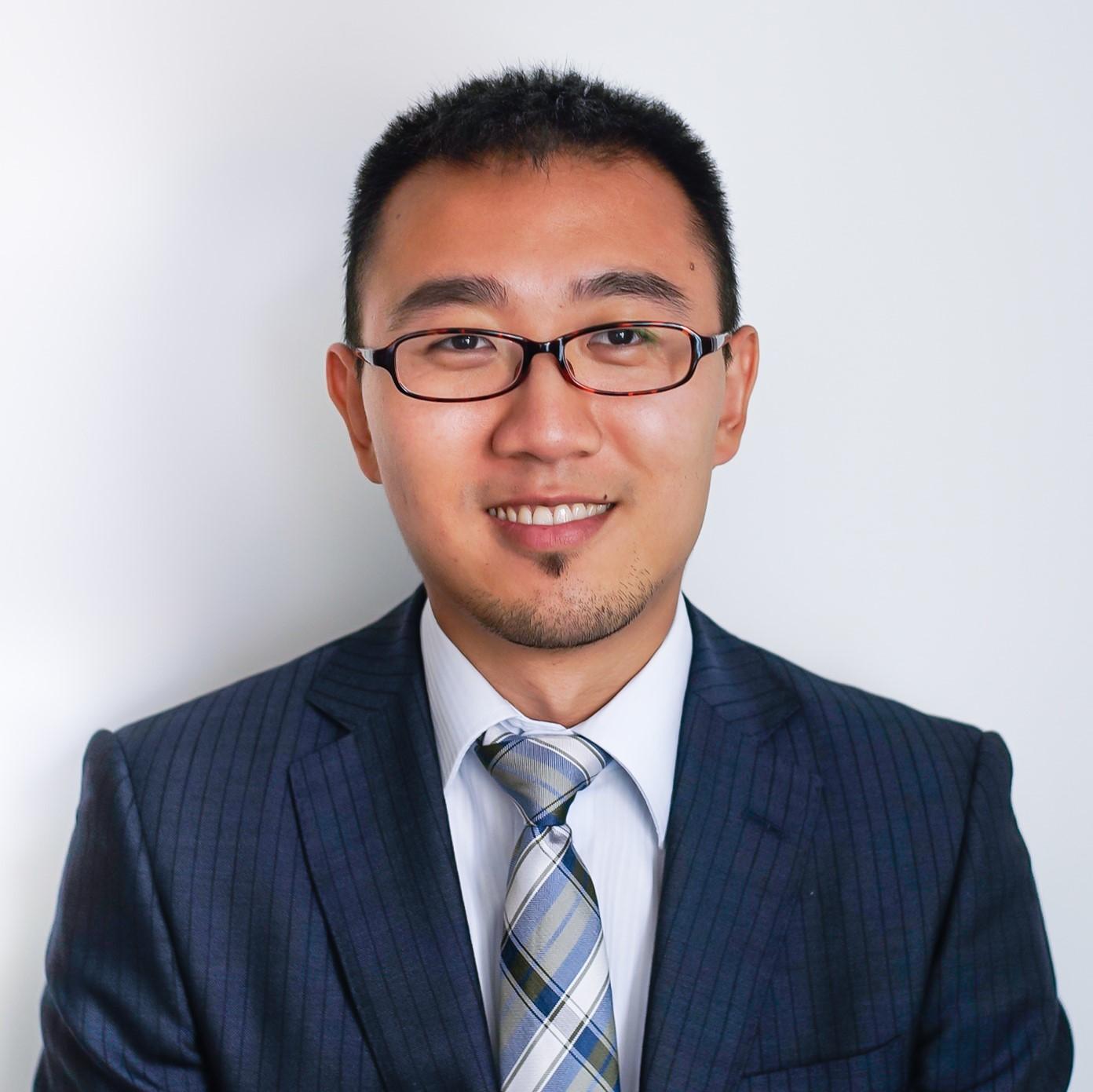 Yuan Fang Headshot