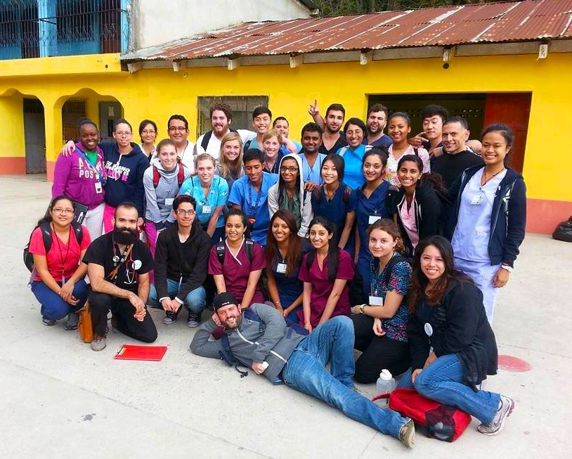 Volunteers in outside medical clinic in Guatemala