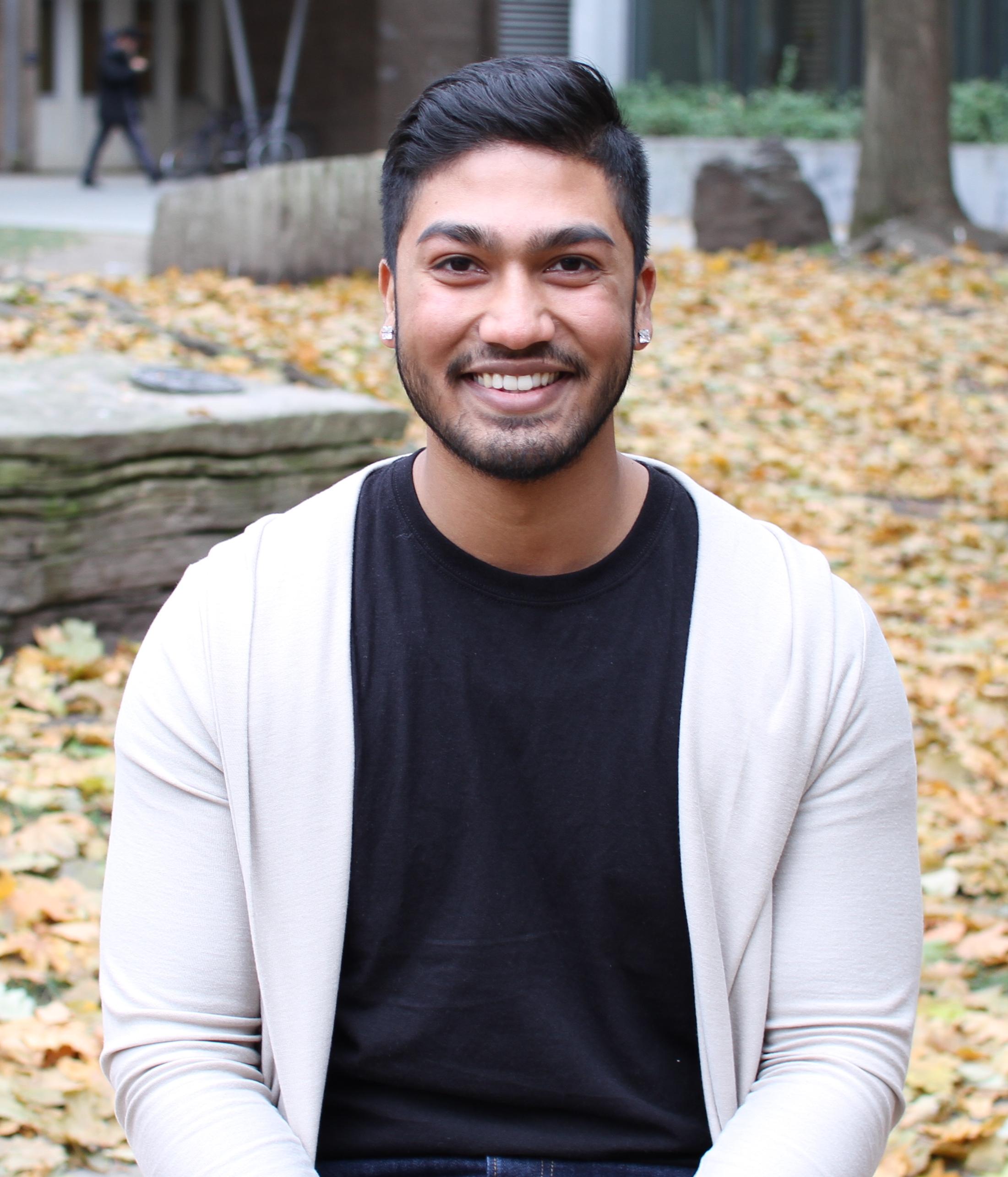 Headshot of Nikhil George outside