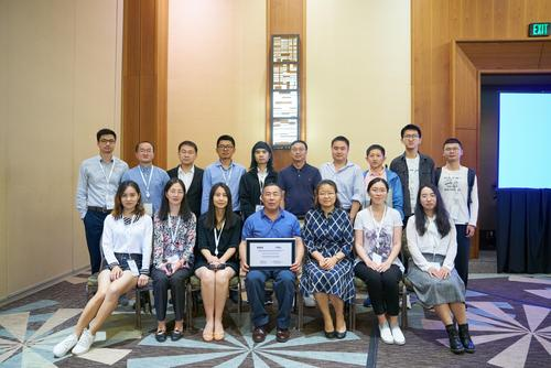 Prof. Shen and former BBCR members attended the Globecom 2019