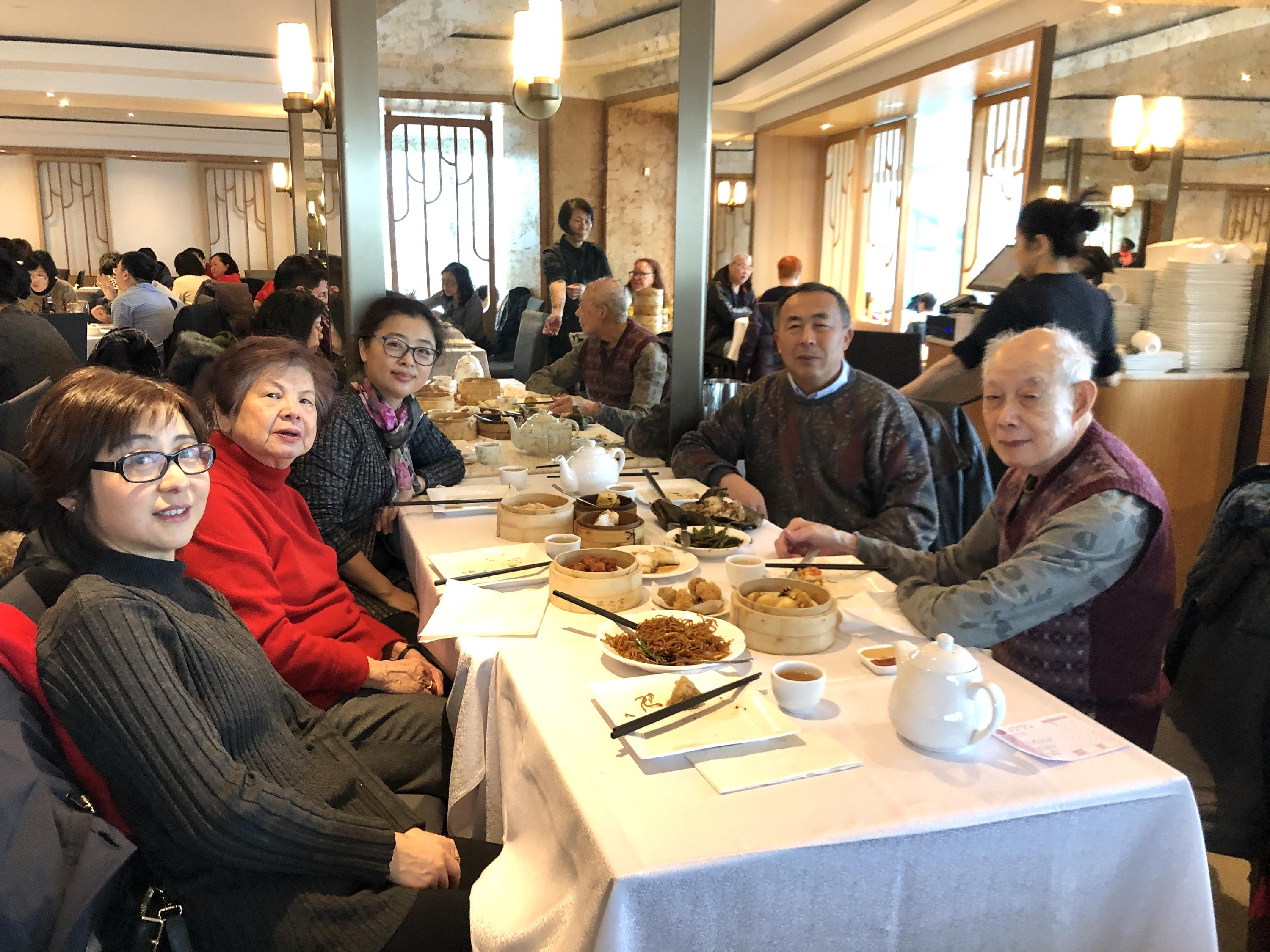 Prof. Shen visited Prof. Mark and celebrated the Chinese New Year!