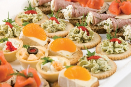 Catering gallery uw catering for Cold canape menu