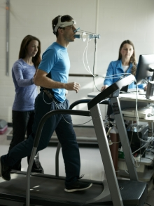 Client performing a VO2max test on the treadmill.