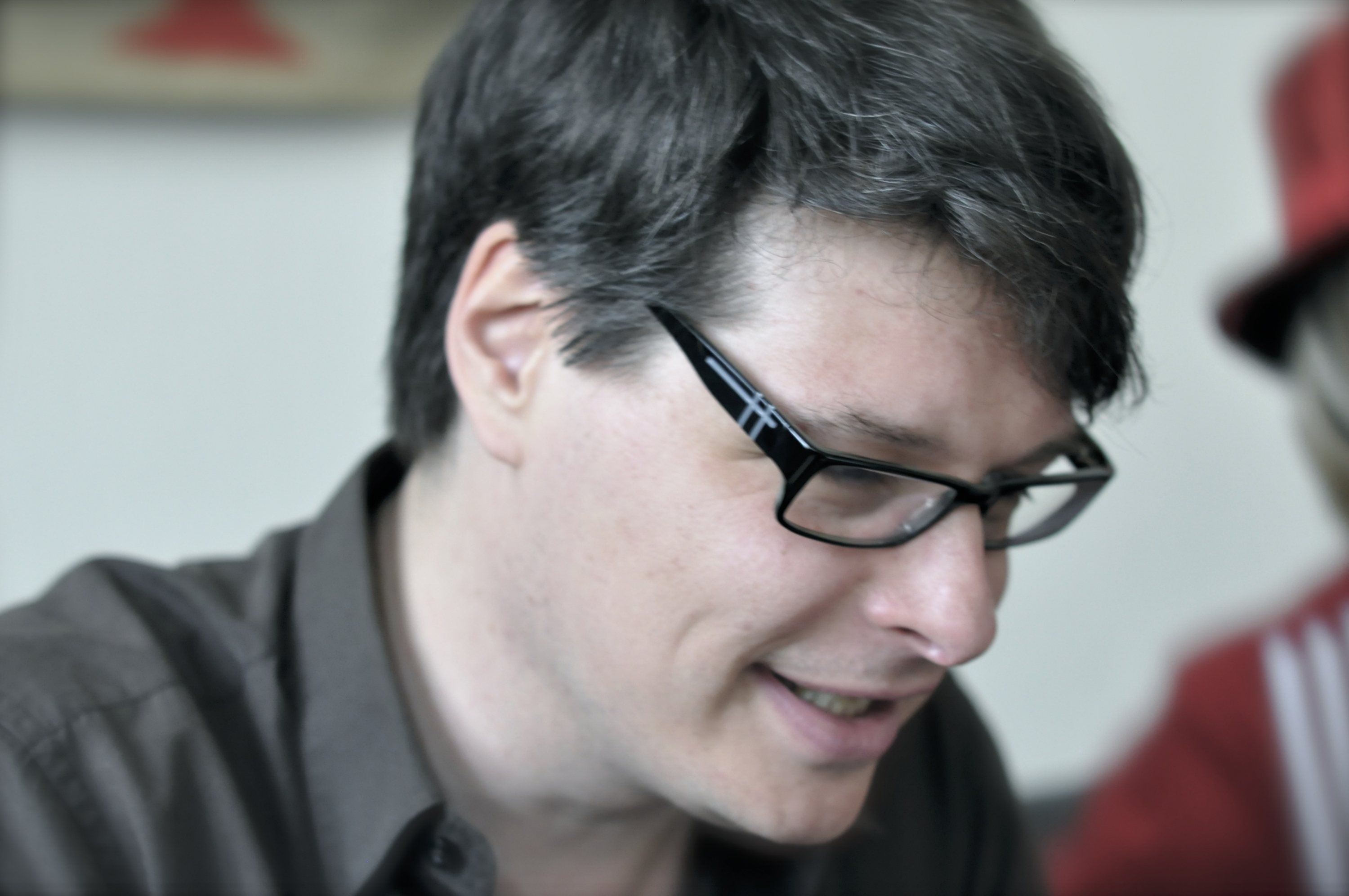 Head shot, side profile, of author Marc Degens. Copyright Frank Maleu