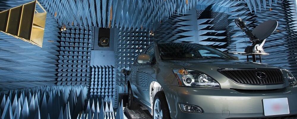 ERL Lab: Far Field Chamber, Car