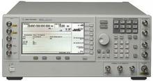 Keysight (Agilent) Vector Signal Generator E8267C