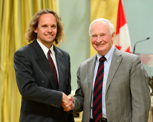Governor General, David Johnston congratulates Chris Eliasmith