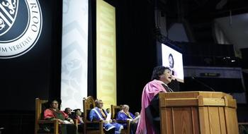 Setsuko Thurlow addresses Convocation