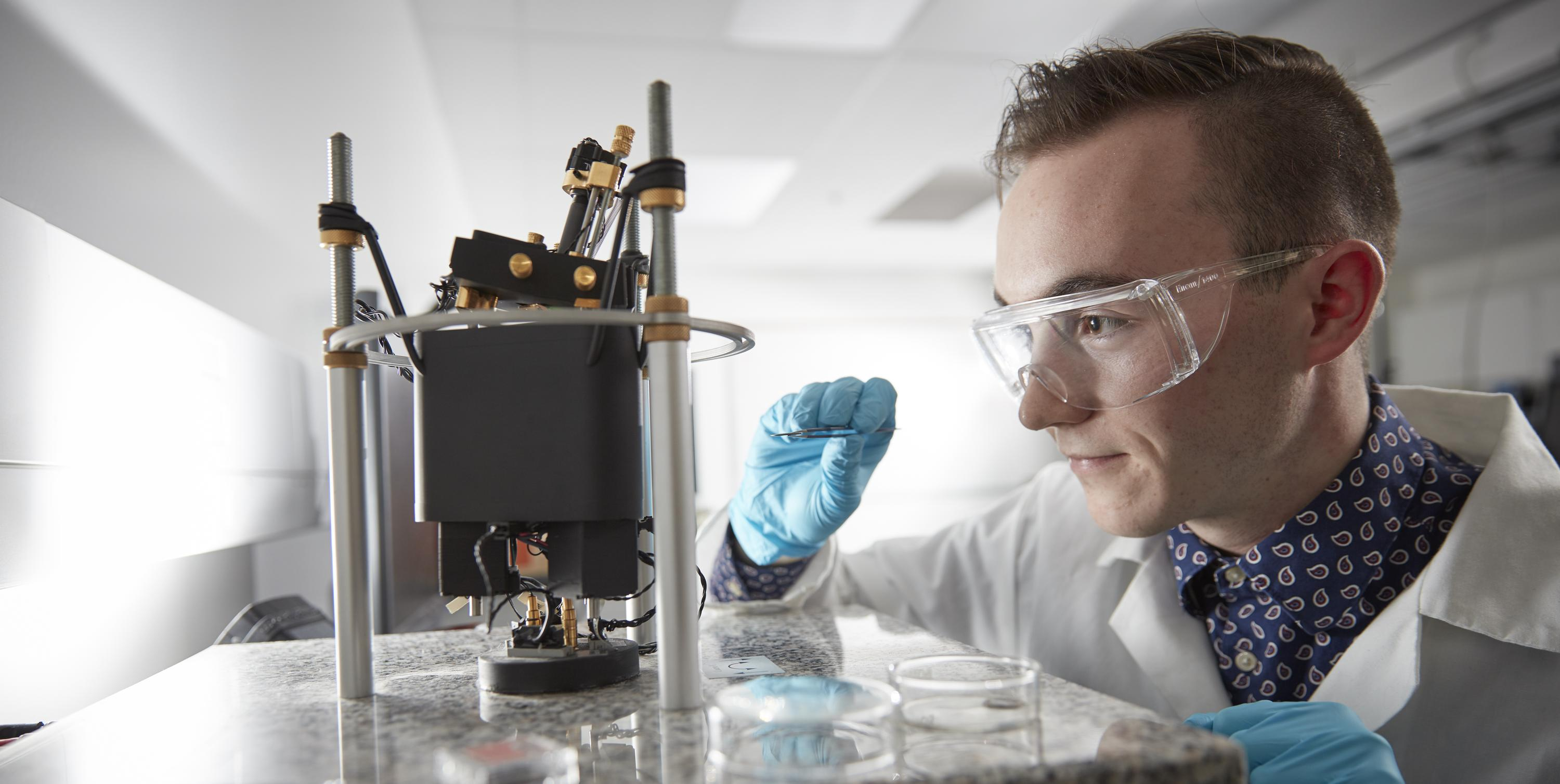 Student in Nanotechnology Engineering Lab