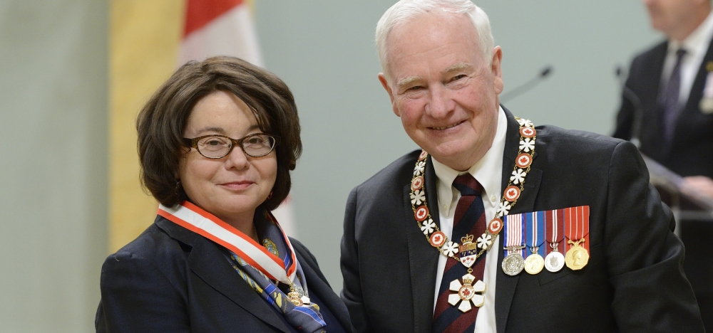Prof. Linda Nazar and Governor General David Johnston
