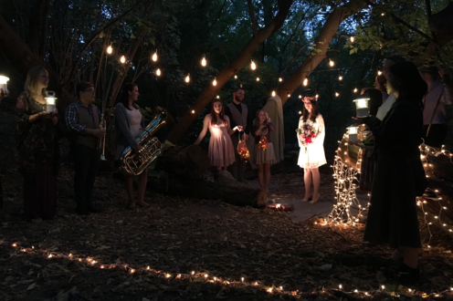 An image of Eurydice's and the crowd at her wedding