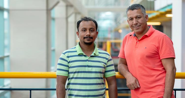 photo of Nashid Shahriar and Professor Raouf Boutaba