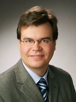 photo of Professor Florian Kerschbaum