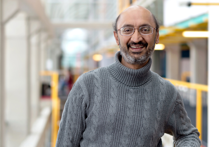 photo of Srinivasan Keshav