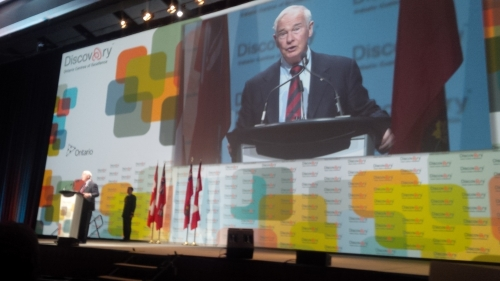 David Johnston speaking at OCE Discovery