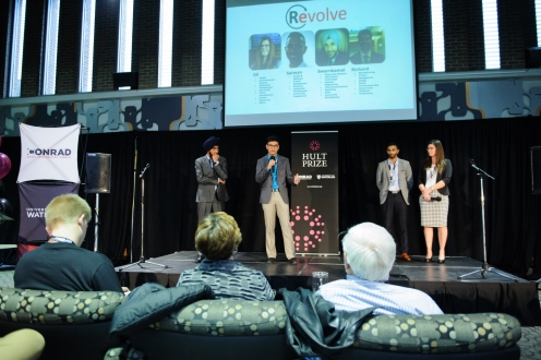 MBET team pitching