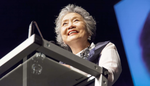 Former Governor General Adrienne Clarkson speaks at a podium.