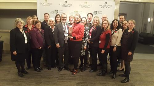 President Hamdullahpur, Associate Provost Human Resources Marilyn Thompson and Waterloo representatives at the Excellence Canada Summit in Toronto.