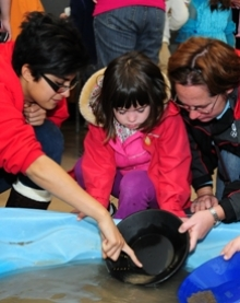 Gold panning activity at 2012 science open house