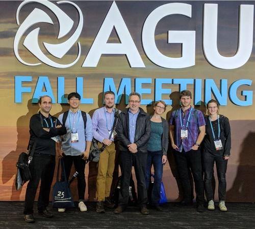Ecohydrology Group members stand for photo at AGU 2017 Conference