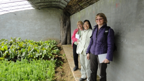 Steffanie, Lejen Chen and Theresa at Green Cow Farm in Beijing