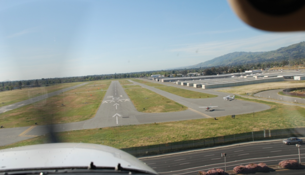 Approaching San Jose Airport