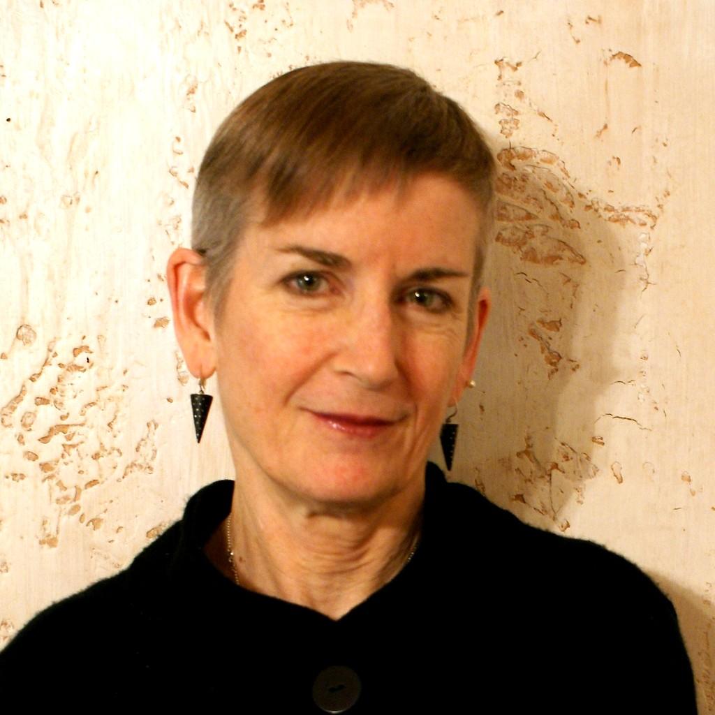 Elizabeth English