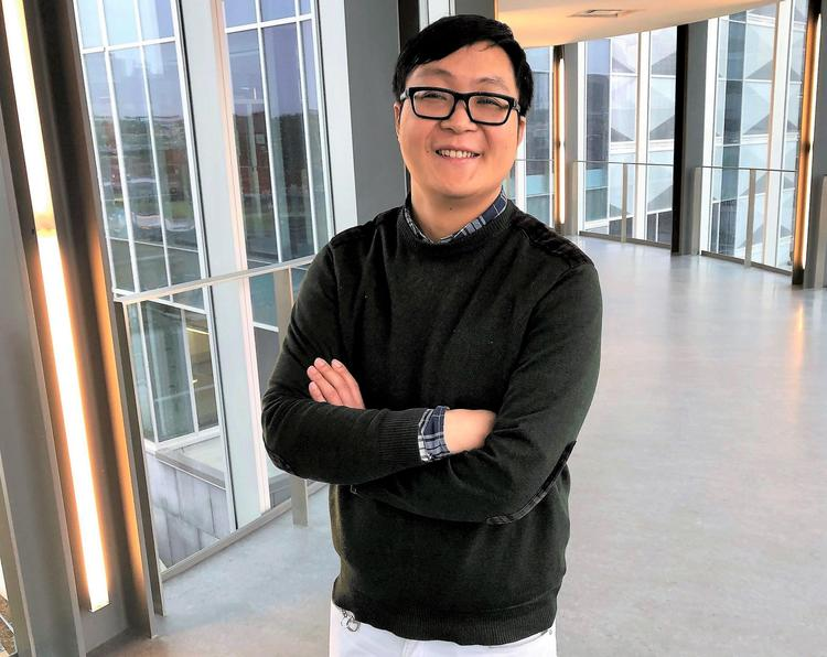 Yimin Wu, a professor of mechanical and mechatronics engineering, led research to create an artificial leaf to turn carbon dioxide into methanol.