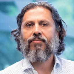 Hamid Tzhoosh is director of the Kimia Lab at Waterloo Engineering.