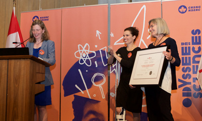 Mary Wells and Minister Duncan and Valerie Davidson at NSERC Science Promotion awards