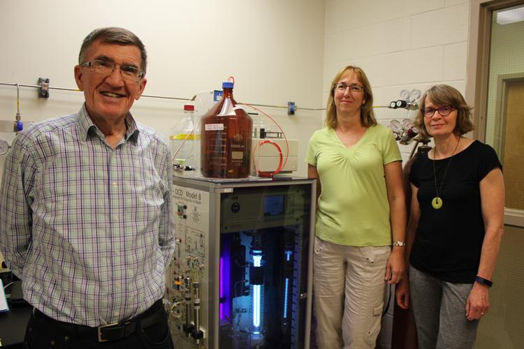Peter Huck, Michele Van Dyke, Research Associate and, Sigrid Peldszus, Research Associate Professor