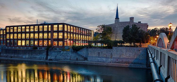 Khuôn viên Cambridge Đại học Waterloo