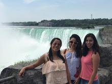 EFS Students beside Niagara Falls