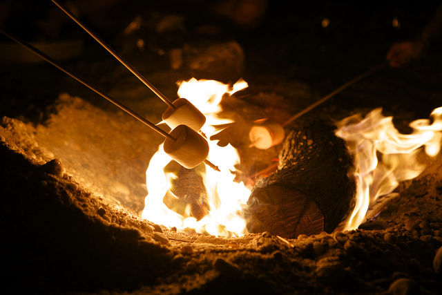Smores with bonfire