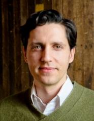 Photo of Ricardo Olenewa.