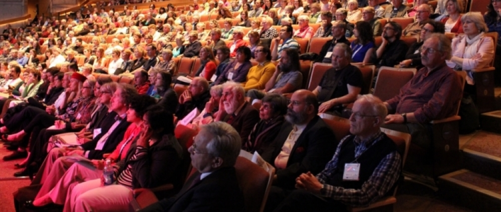 Photo of congress audience in seats.
