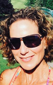 Photo of Carolyn Eckert