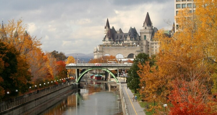 Rideau canal in fall