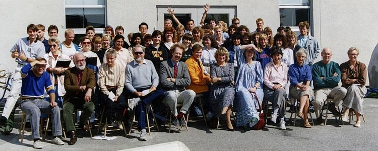 Fine Arts students and staff in 1988