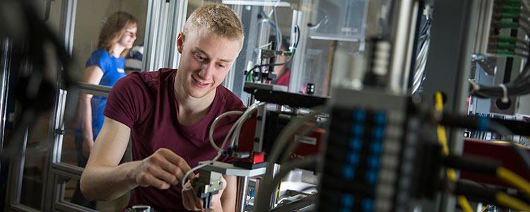 Mechatronics Engineering Undergraduate Programs University Of