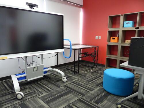 photo of the presentation room
