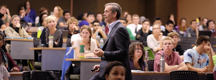 Astronaut Chris Hadfield giving a lecture to Environment students.