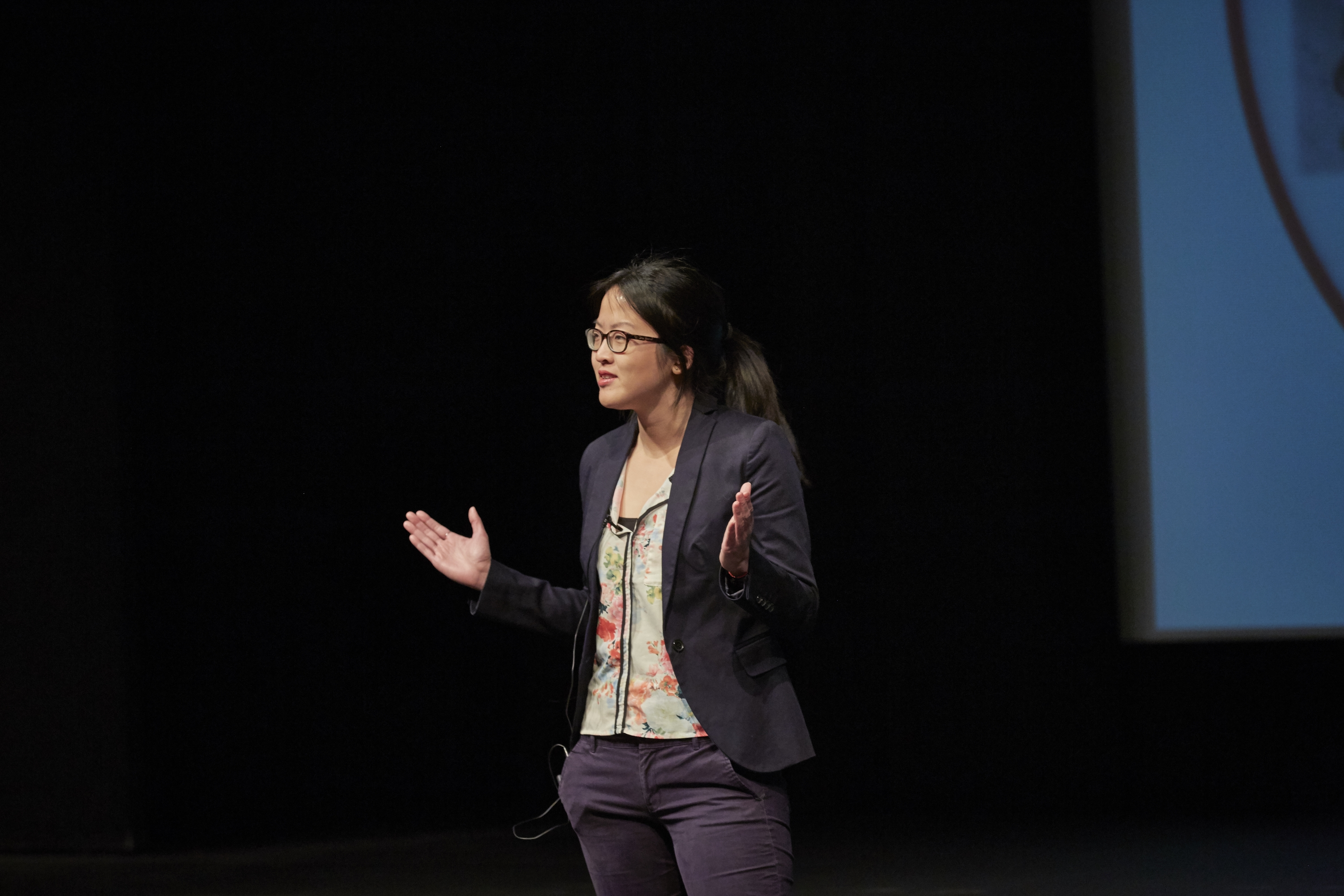 Cheryl Chan competing in 3MT