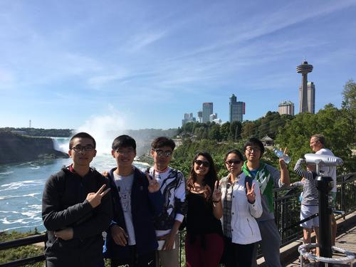 Justine Salam with Globalink Research Interns in Niagara Falls